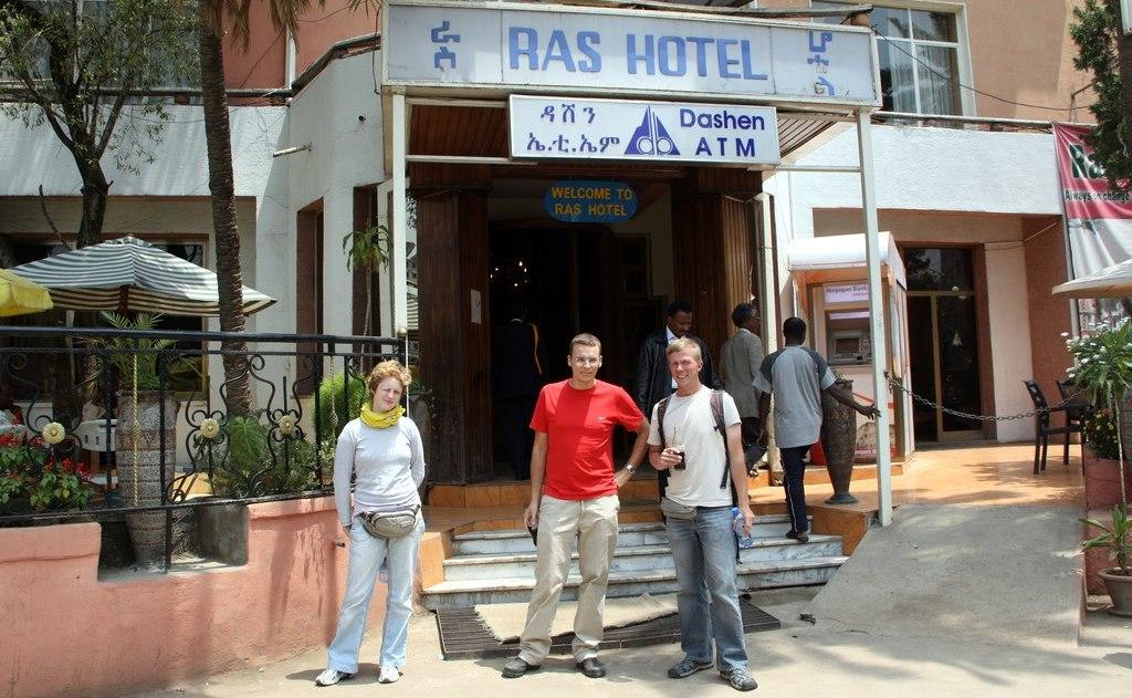 Ras Hotel