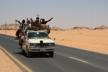 Car full of people in Wadi Halfa