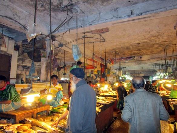 Rajanigondha Market in Dhaka